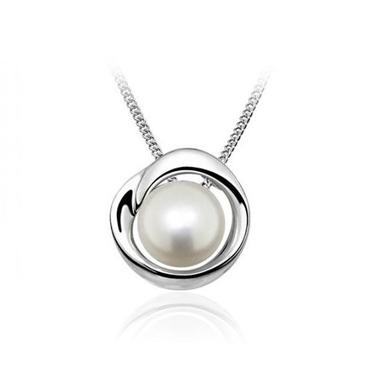 Pearls v striebre